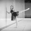 dance_bw034