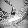 dance_bw056