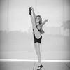 dance_bw079