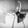 dance_bw037