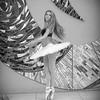 dance_bw051