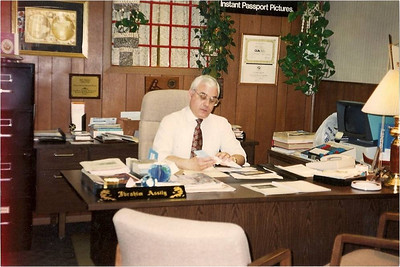 Abe Assily took care of business at A.B.E. Travel Agency on Middle Avenue from 1981, when he founded the travel service in Elyria in 1981, until his death a month ago.