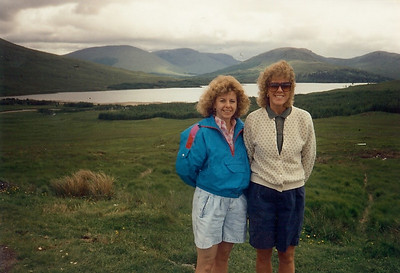 Carol Fankhauser, left, and her friend Kellie Johnston traveled to Scotland together.