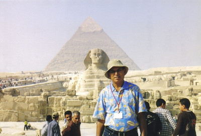 Egypt was the last foreign country D.C. Patel visited after he became ill with prostate cancer. He visited the Pyramids of Giza in 2007.