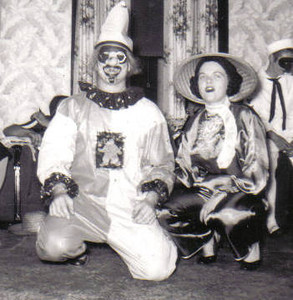 Steve and Eleanor Kaminski at a Halloween Party. (Photo courtesy of the family.)
