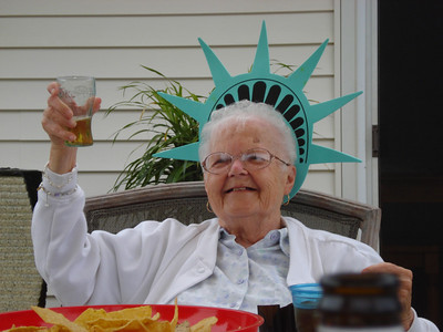 Eleanor Kaminski salutes Independence Day as the Statue of Liberty. (Photo courtesy of the family.)