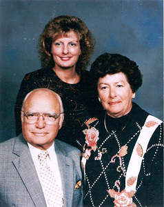George and Bobbie Hoover and their daughter, Robin, in the 1980s. (Photo courtesy of the family.)