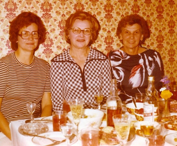 Joan Park, left, and her sisters, Estelle Szurpicki and Josey Speckhart. (Photo courtesy of the Park family.)