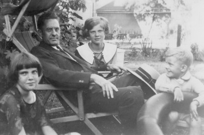 Lenore Eastin Wayman's maiden name was Maher. This Maher family photo from around 1930 shows, from left, Lenore's sister, Dorothy, their father, William Sr., Lenore and brother, Billy Jr.