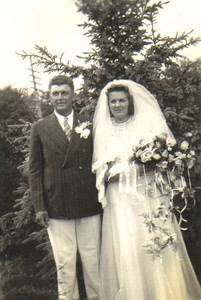 Edwin Steingass and Evelyn Meyers were married on June 8, 1940.