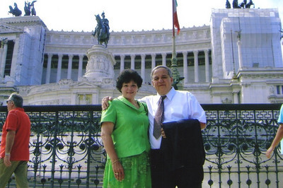 Elizabeth and Pat Ziroli in Rome. (Photo courtesy of the family.)