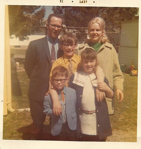 The Borers, 1973: Joe, Sharon, Steven, Tracy and Robert. (Photo courtesy of the family.)