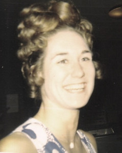 """The former Teddy Zestoki, early 1970s. On Jan. 5, 1975, she married Larry Witt who said that her smile set her apart from the rest of the crowd. """"The pictures will show that,"""" Larry said. """"She smiled from her heart."""""""