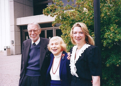 Tom and Jean Bowen with daughter Charlotte in Toledo in 2004. (Photo courtesy of the family.)