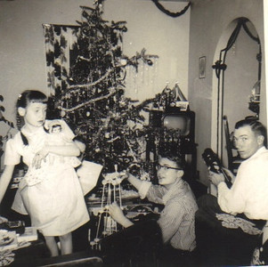 Christmas at the Powelson house on Beechwood Drive in Elyria in the 1950s.