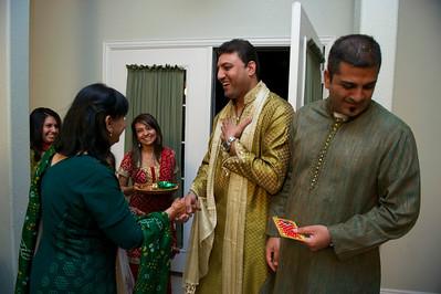 Rahim-Mehndi-2012-06-00430