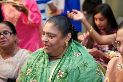 Rahim-Mehndi-2012-06-00385