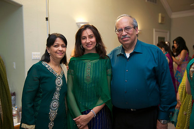 Rahim-Mehndi-2012-06-00378