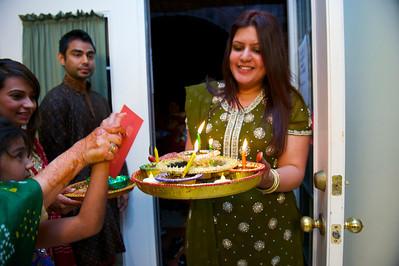 Rahim-Mehndi-2012-06-00404