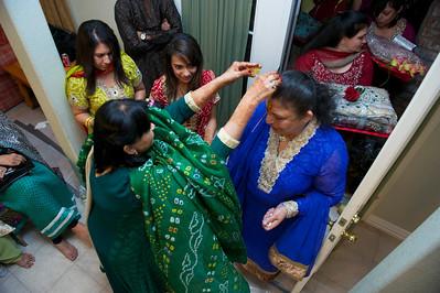 Rahim-Mehndi-2012-06-00409