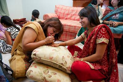 Rahim-Mehndi-2012-06-00388