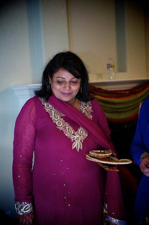Rahim-Mehndi-2012-06-00444