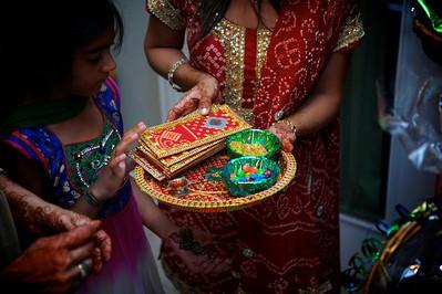 Rahim-Mehndi-2012-06-00416