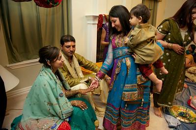 Rahim-Mehndi-2012-06-00436