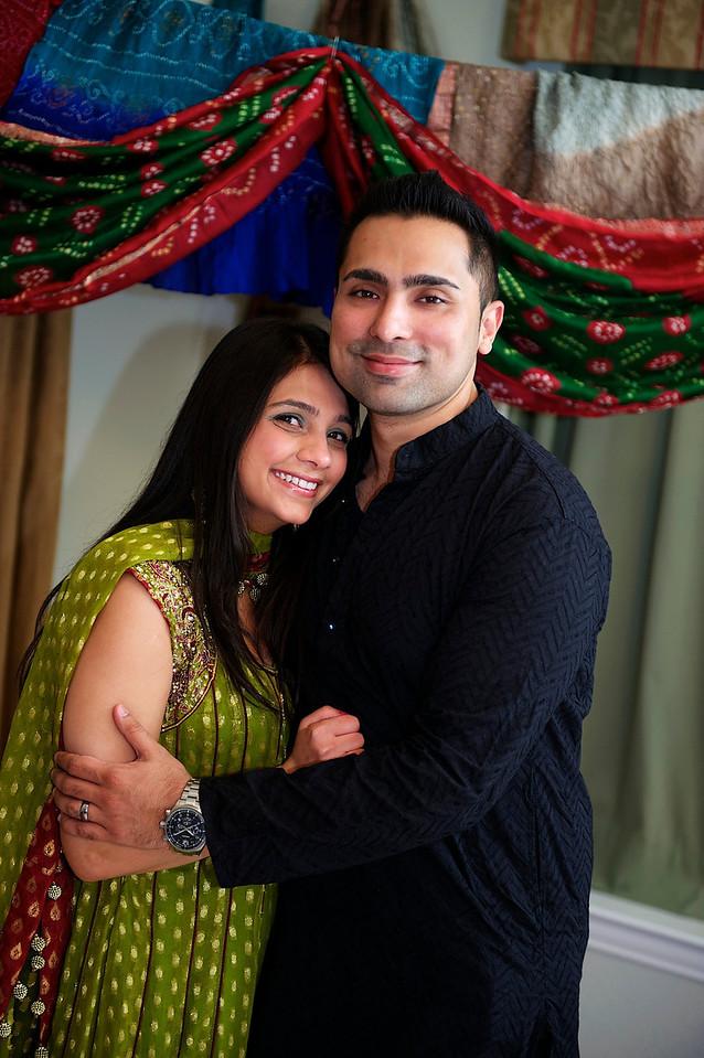 Rahim-Mehndi-2012-06-00359