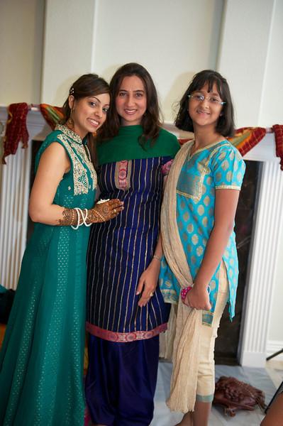Rahim-Mehndi-2012-06-00375