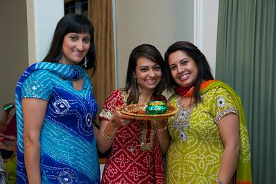 Rahim-Mehndi-2012-06-00393