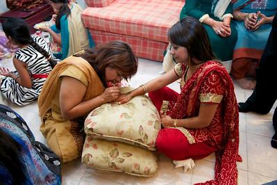 Rahim-Mehndi-2012-06-00387