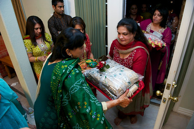 Rahim-Mehndi-2012-06-00410