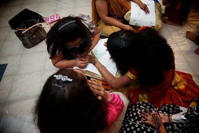 Rahim-Mehndi-2012-06-00341