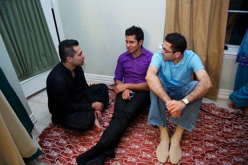 Rahim-Mehndi-2012-06-00370