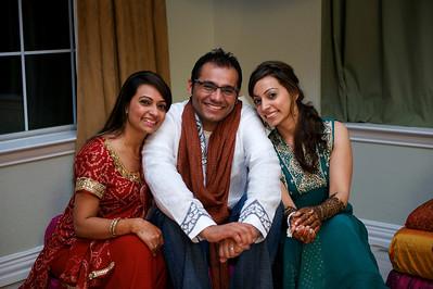 Rahim-Mehndi-2012-06-00356