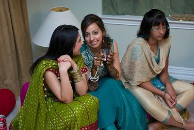 Rahim-Mehndi-2012-06-00415