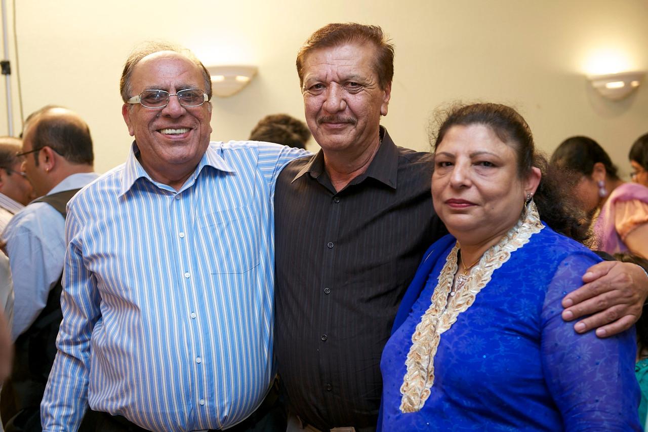 Rahim-Mehndi-2012-06-00384