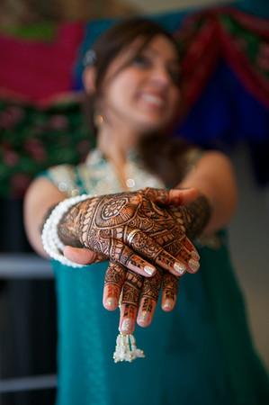 Rahim-Mehndi-2012-06-00363