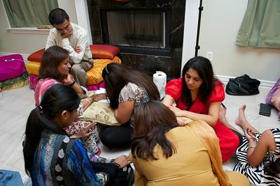 Rahim-Mehndi-2012-06-00396