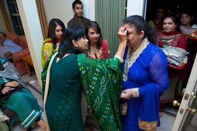 Rahim-Mehndi-2012-06-00408
