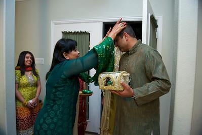 Rahim-Mehndi-2012-06-00428