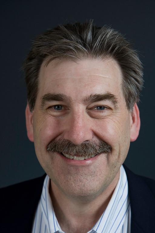 Dr. Earl Henslin