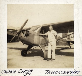 Dr. Merlyn Stephens with 1948 Taylorcraft Plane (06614)
