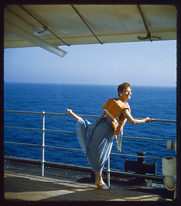 Estelle Sloan Cruise France 1957