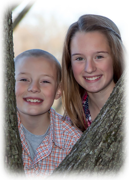 Estes kids at tree portrait