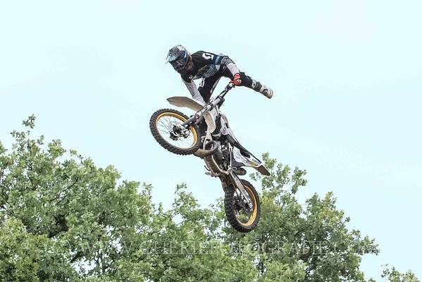Freestyle Stunt riders