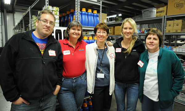 Globe/T. Rob Brown<br /> Faces of Recovery: Greentree Community Church, of St. Louis, members, volunteers (from left): Sean Murphy, Laura Muench, mission trip leader Nancy Prott, Brittney Broccard and Annie Regan.