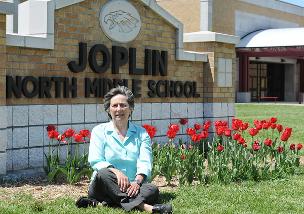 Globe/T. Rob Brown<br /> Faces of Recovery: Virginia Laas, volunteer with Joplin North Middle School.