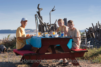 Family having Picnic – Saanichton, Vancouver Island, British Columbia, Canada